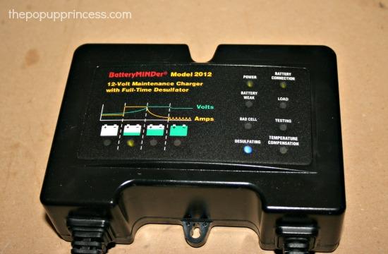 BatteryMINDer 2012 Charger