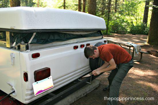 Pop Up Camper Set Up