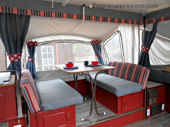 Pop Up Camper Dinette