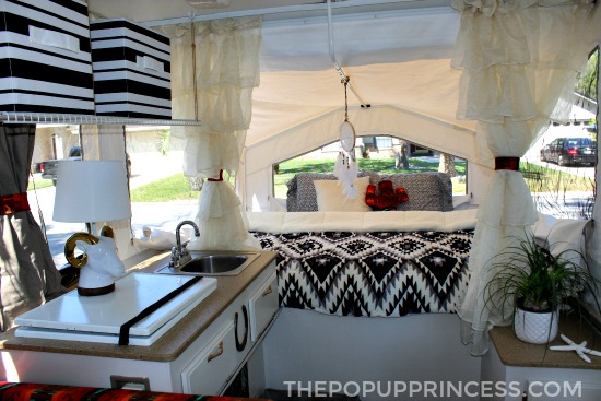 Jen jesse 39 s pop up camper makeover the pop up princess for Pop up camper interior designs