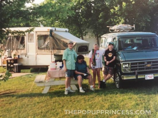 Retro Pop Up Camper
